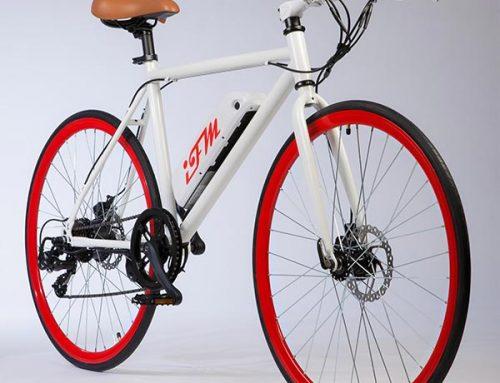 City bike elettrica IFM rossa da uomo con batteria al litio