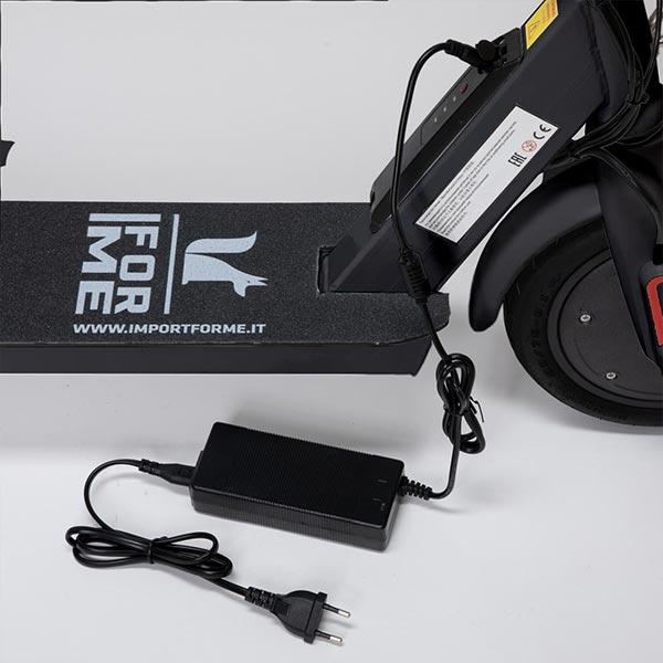 Monopattino-elettrico-IFM007-nero-2