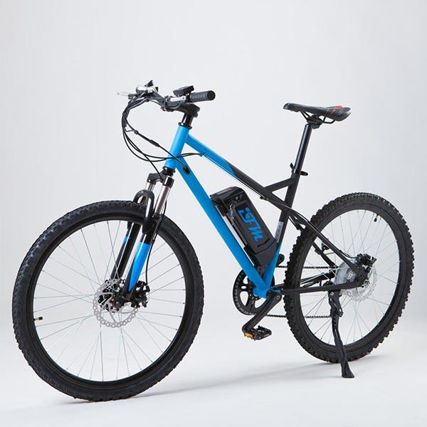 Mountain-bike-elettrica-IFM-blu-e-nera-con-batteria-al-litio-36V-8Ah-2