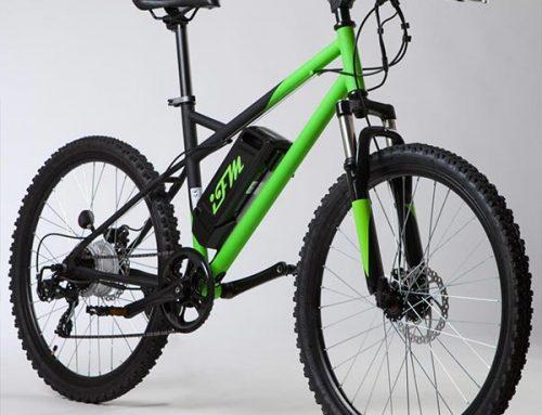 Mountain bike elettrica IFM verde e nera con batteria al litio 36V/8Ah